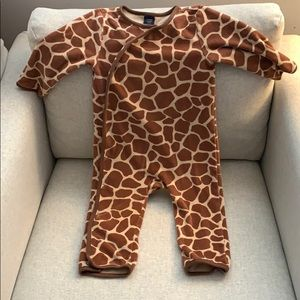 Limited Edition Gap kids Giraffe print romper
